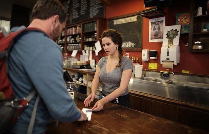Lavori ben pagati senza esperienza: quali sono e come trovarli