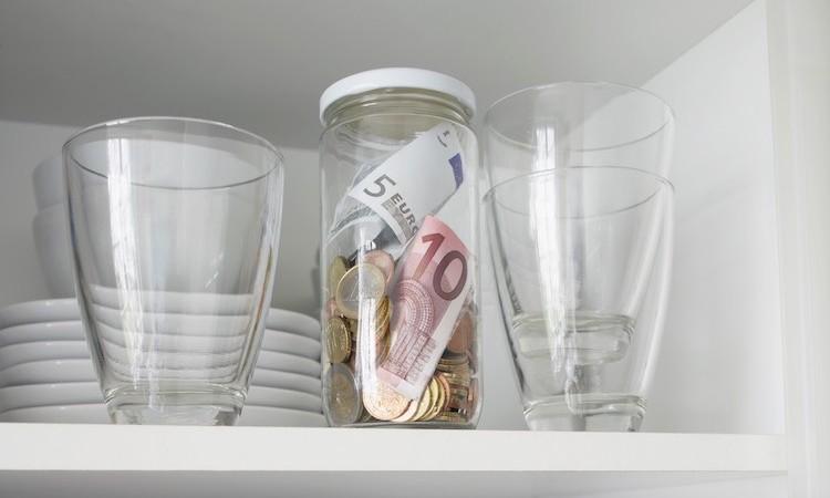 Come risparmiare i soldi dello stipendio (anche se basso)